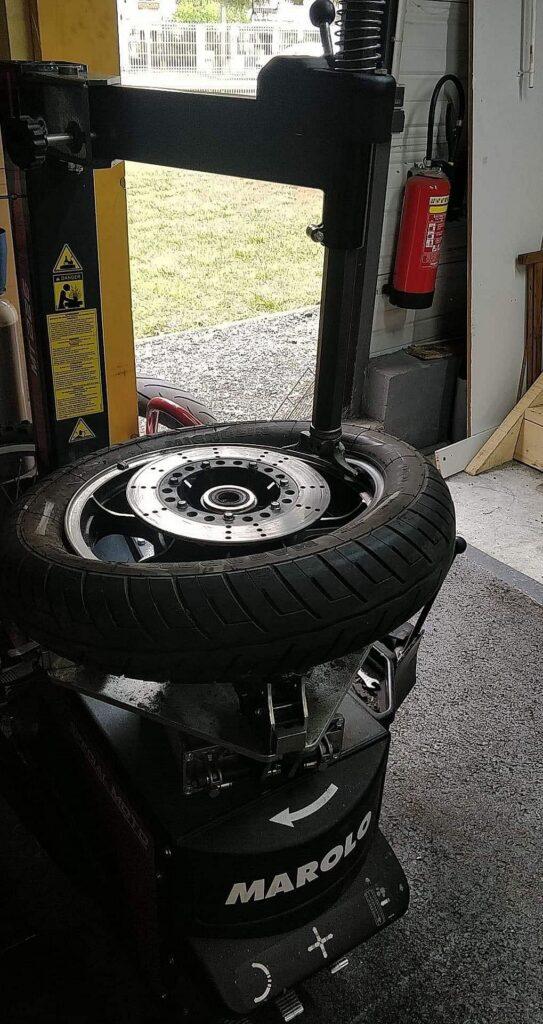 Montage de pneu moto à Bordeaux